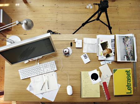 desk-small