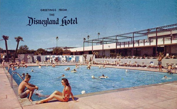 1950s Disneyland Hotel postcard