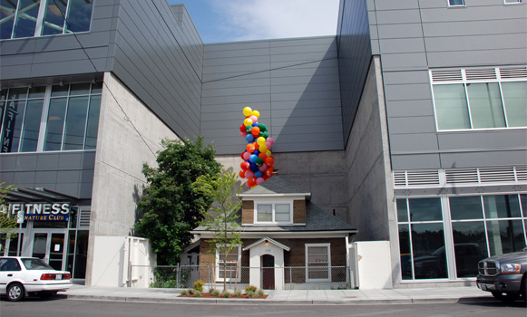 Edith Macefield's house, with balloons, in Ballard, Seattle